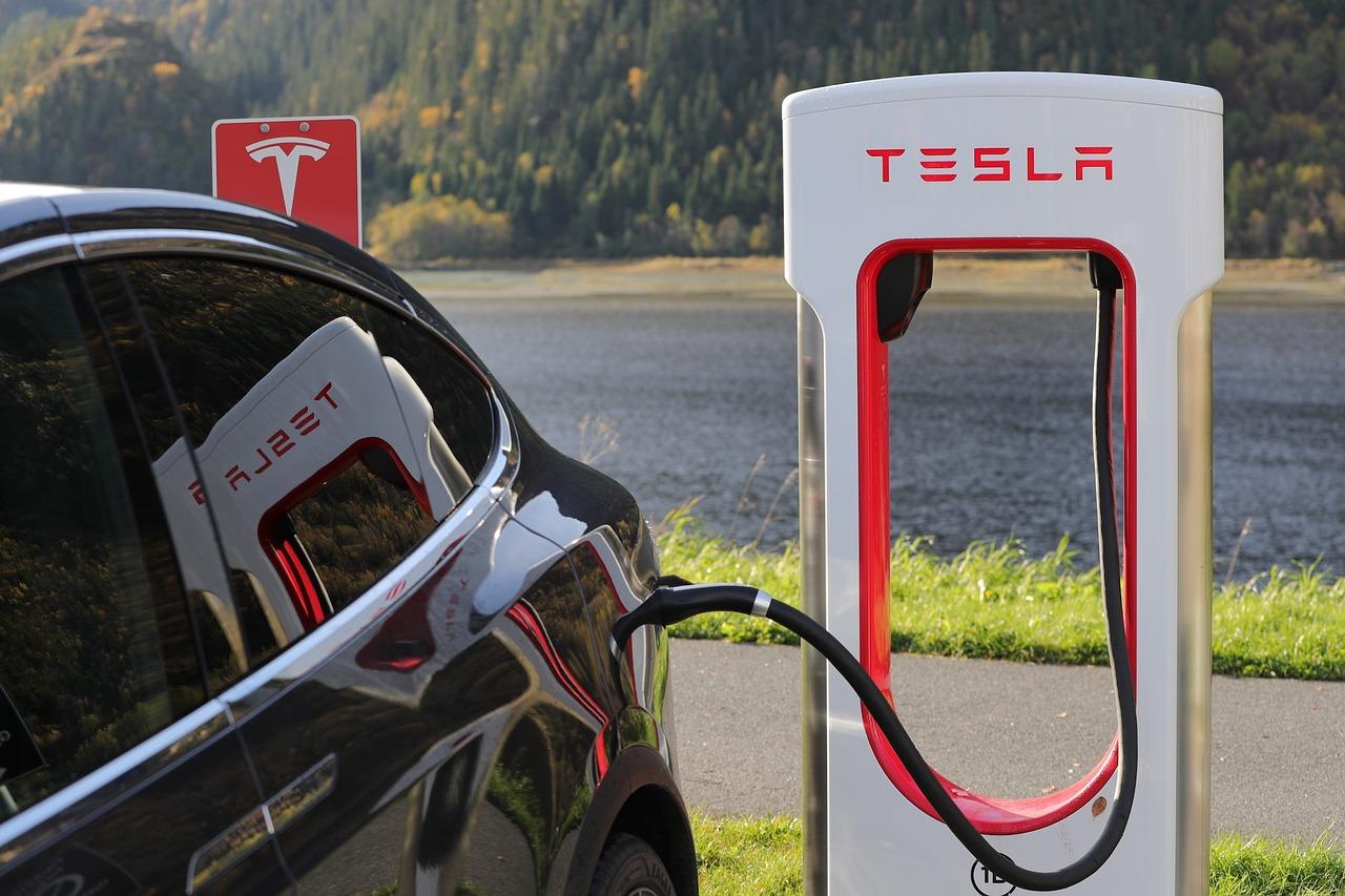 Elektrische auto huren de voor- en nadelen